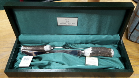 ABBEYHORN Carver Set / Two Piece - Stag Antler Horn boxed