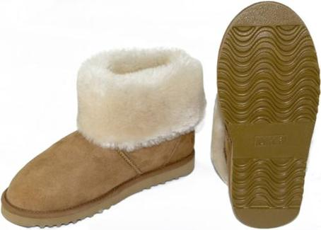 Hanlin Sheepskin Ankle Boot with Turn Down Cuff Size 3